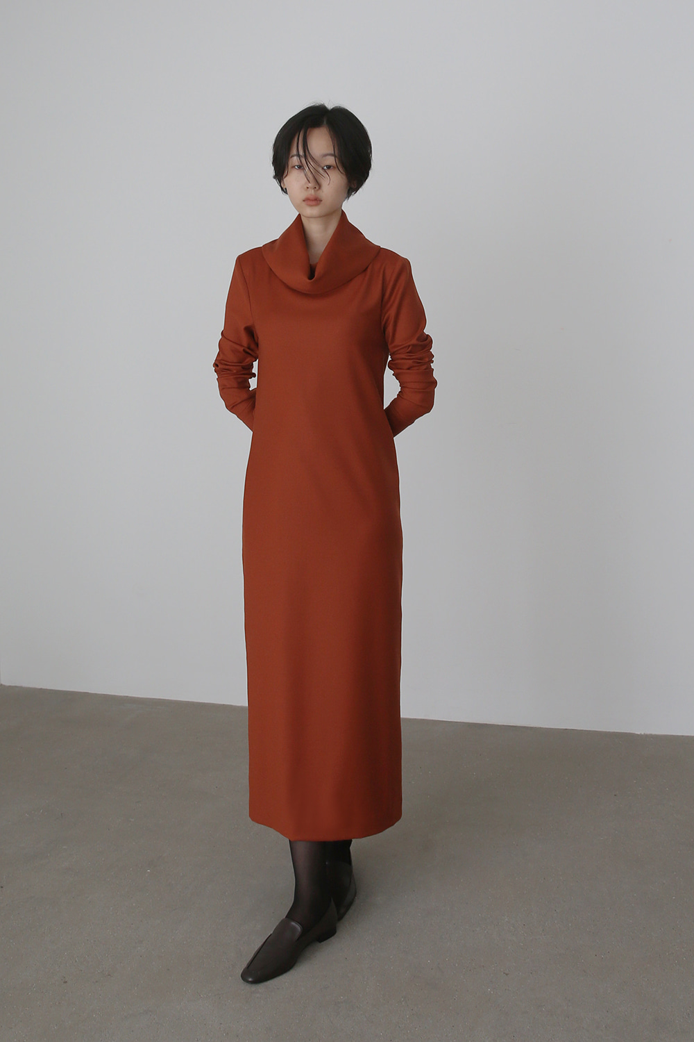 Cowl Turtleneck Wool Dress (burnt orange)