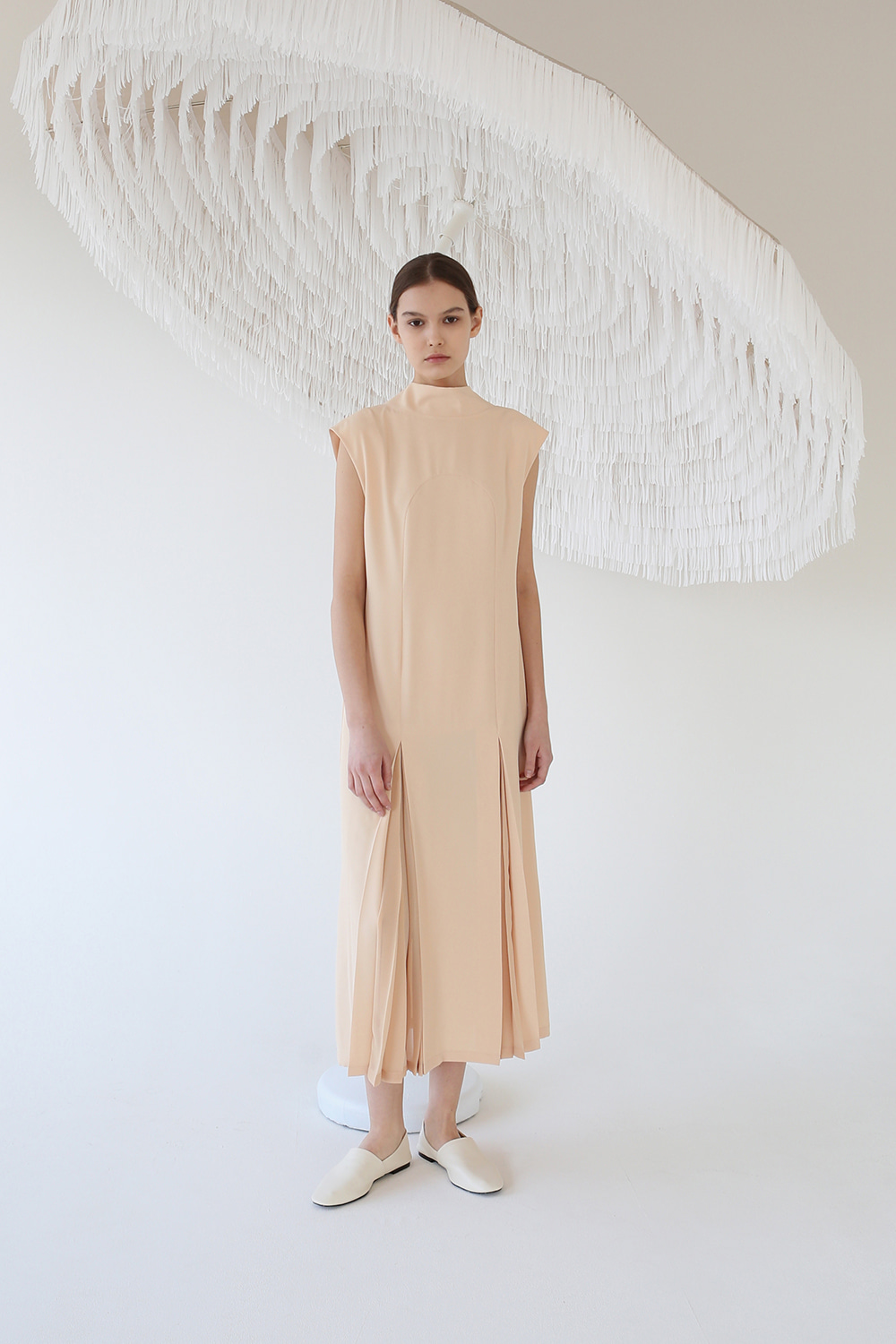 [6.8 예약발송] 20SS SHEER PLEATED BOW-NECK DRESS (APRICOT)